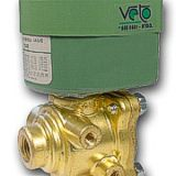 Valvula solenoide 4 vias  bobina 220 V  hilo 1 4 NPT 8342C1