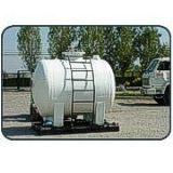 Estanque cilindrico horizontal para transporte construido for Estanques de fibra de vidrio